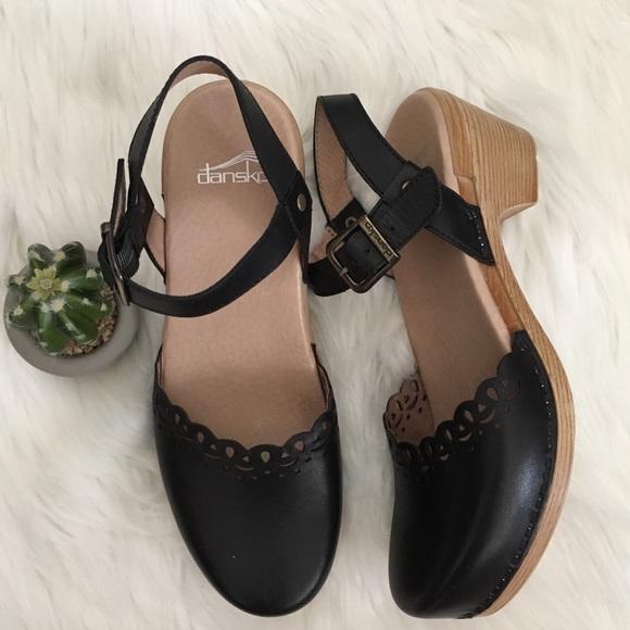 b3a2acd323d Dansko Shoes - Dansko Marta Heeled Sandal Size 39